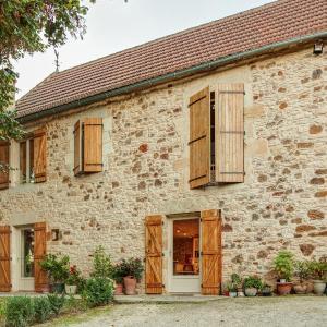 Hotel Pictures: Maison De Vacances - Montclera, Cazals