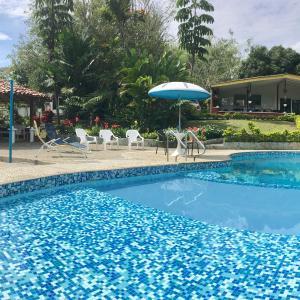 Hotel Pictures: El Jardín de los Colibríes, Pereira