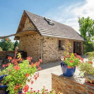 Hotel Pictures: Holiday home La Bergerie, Beyssenac