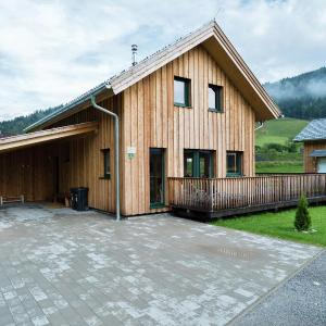 Hotel Pictures: Wellness Chalet, Murau