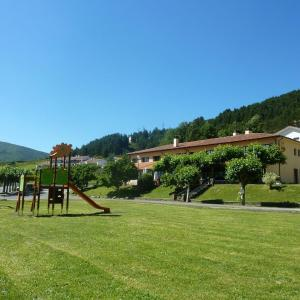 Hotel Pictures: Hotel Rural Quinto Real, Eugi