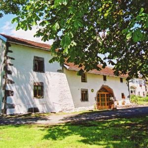 Hotel Pictures: Maison De Vacances - Esmoulieres, Esmoulières