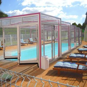 Hotel Pictures: Le Clos Du Champ De L'amour, Saint-Simon-de-Bordes