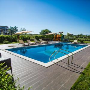 Hotel Pictures: Apartment Emilia Romana, Ravda
