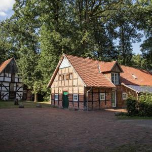 Hotel Pictures: Ferienhaus Alter Stall, Badbergen