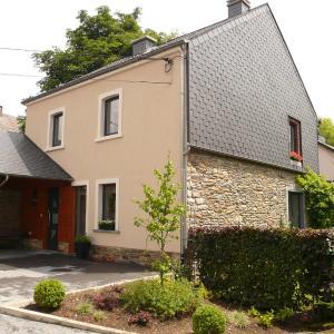Foto Hotel: La Glycine, La-Roche-en-Ardenne