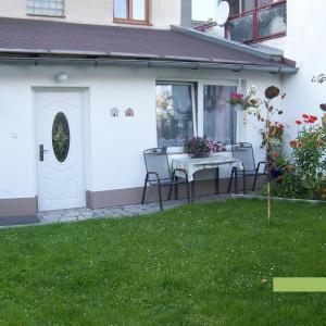Hotel Pictures: Studio, Jindrichuv Hradec