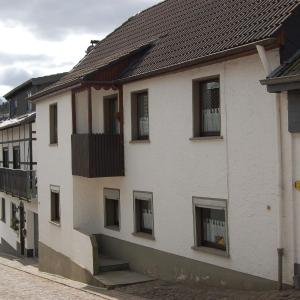 Hotel Pictures: Holiday home Ferienhaus Eifel 1, Hellenthal