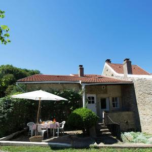 Hotel Pictures: Collongette 1, Saint-Martin-du-Tartre