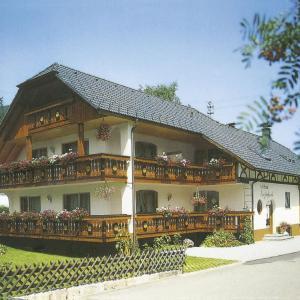 Hotelbilleder: Landhaus Enztalperle, Enzklösterle