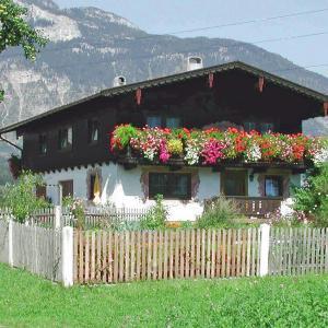 Fotografie hotelů: Apartment Schleicherhof 1, Strass im Zillertal