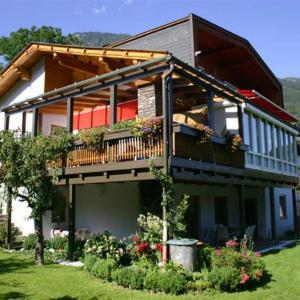 Foto Hotel: Schmitzer, Mühldorf