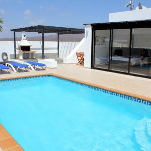 Hotel Pictures: Villa Sa Palomera, Playa Blanca