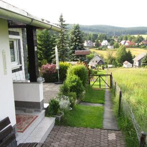 Hotel Pictures: Ferienhaus Amm, Altenfeld