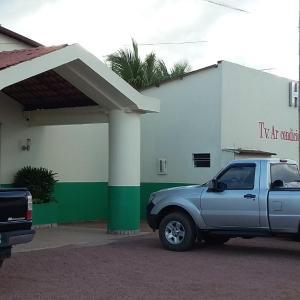 Hotel Pictures: Hotel Portales, Guajará-Mirim