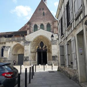 Hotel Pictures: Cathy Blue Lodge, Provins