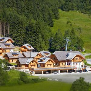 Hotel Pictures: Bergdorf Riesner, Donnersbachwald