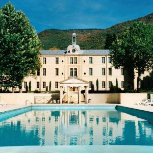 Hotel Pictures: Au Château Provencal, Reilhanette