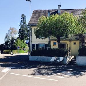 Hotel Pictures: Guesthouse Villa Schönegg, Rüschlikon
