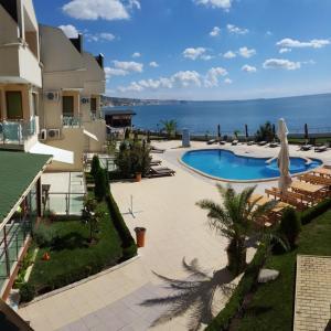 ホテル写真: Aparthotel Golf Coast, カヴァルナ