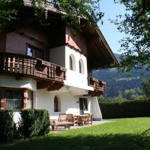 Fotos del hotel: Holiday home Chalet Neuhaus 2, Ried im Zillertal