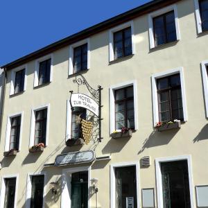 Hotel Pictures: Romantisches Hotel Zur Traube Schwerin, Schwerin