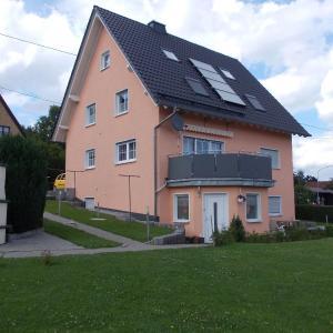 Hotel Pictures: Apartment Ferienwohnung Westerwald 1, Höhn