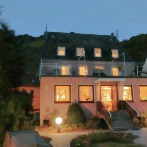 Hotel Pictures: Rheinpanorama Haus Loreley, Sankt Goar