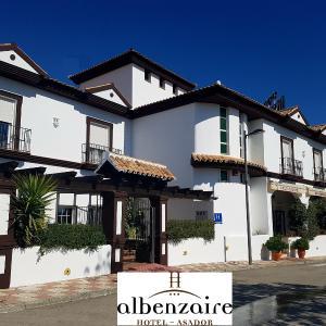 Hotel Pictures: Albenzaire Hotel Asador, Fuensanta