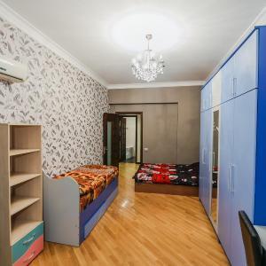 Foto Hotel: Nice flat in the center, Baku
