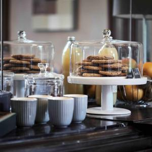 Hotel Pictures: Domaine des Séquoias - Les Collectionneurs, Ruy