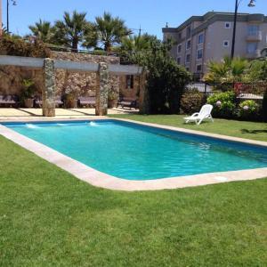 Hotel Pictures: Departamento Concón Vista, Parque Sauzalito