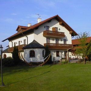 Hotel Pictures: Landhaus Dekena, Kirchham