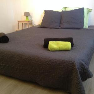 Hotel Pictures: Appartement L'Atypique, Pertuis