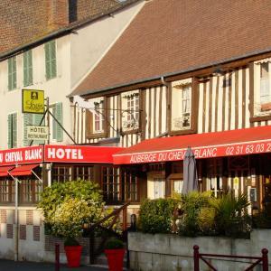 Hotel Pictures: Auberge Du Cheval Blanc, Crèvecoeur-en-Auge