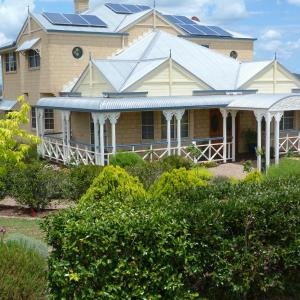 Hotel Pictures: Grovely House, Stanthorpe
