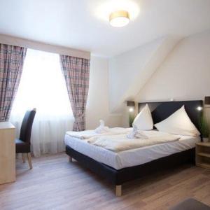 Hotel Pictures: Baum´s Rheinhotel, Boppard