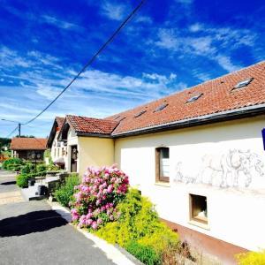 Hotellikuvia: Appartement Am Hohenbusch, Burg-Reuland