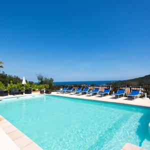Hotel Pictures: Chalet Corse Mare, Favone