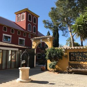 Hotel Pictures: Sweet Hotel Masia de Lacy, Museros