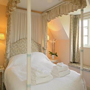 Hotel Pictures: Cheltenham Cottage, Idbury