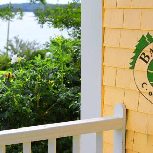 Hotel Pictures: Bayview Pines Country Inn B&B, Mahone Bay