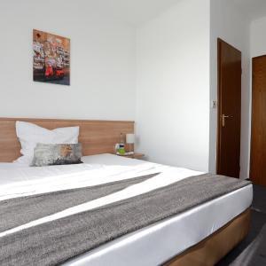 Hotelbilleder: Hotel zwei&vierzig, Vallendar