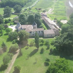 Hotel Pictures: Domaine du Seudre, Saint-Germain-du-Seudre
