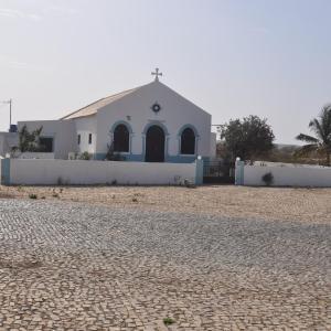 Hotel Pictures: Ferienbungalow auf der Insel Maio, Vila do Maio
