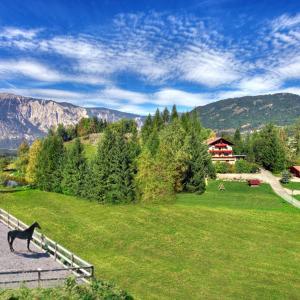 Hotellikuvia: Ferienwohnungen Oetztal, Sautens