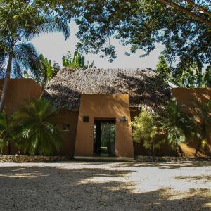 Hotel Pictures: Casa Golf by TurfSafari, Tamarindo