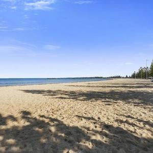 Hotelbilleder: Beach Front Holiday Living, Altona