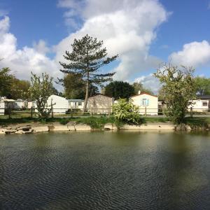 Hotel Pictures: Camping de la Plage, Marck