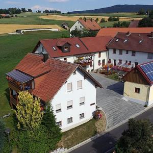 Hotelbilleder: Gästehaus Weber, Neualbenreuth